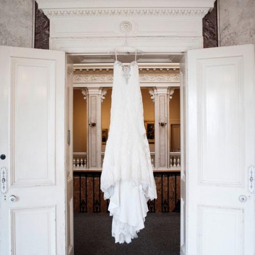 brudklänning på överås
