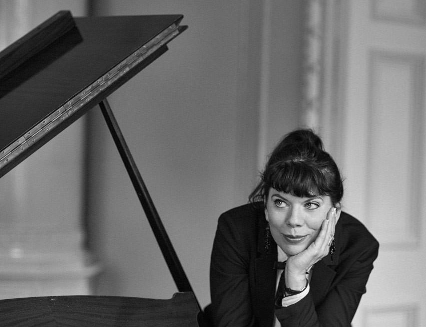 Operasångerskan Maria Forsttröm till hennes hemsida
